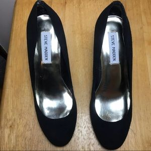 Black Steve madden pumps size 7.5 woman's